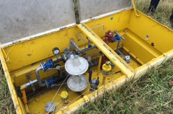 Gelber Flüssiggas Großtank für Industrie und Gewerbe mit 30 Tonnen