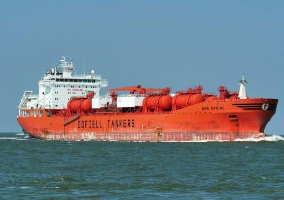 Rotes Schiff für Flüssiggas Großhandel