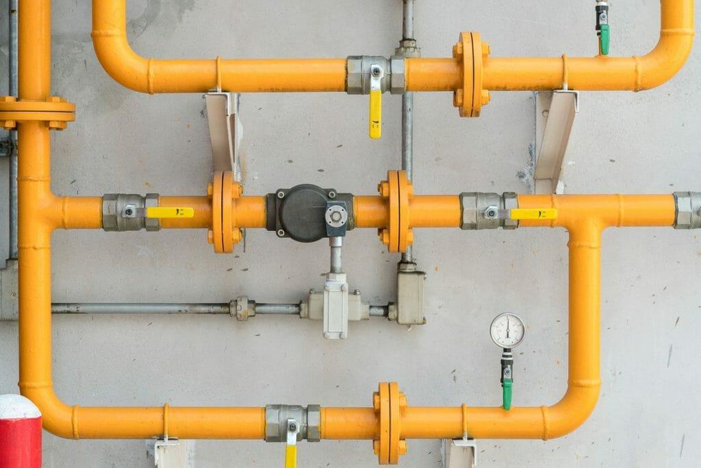 Gelbe Rohleitung Flüssiggas